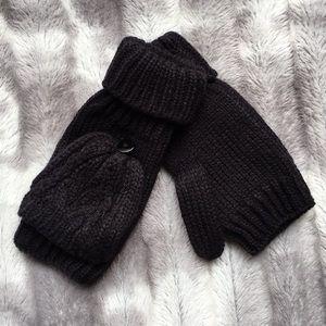 Essentials Black Knitted Gloves